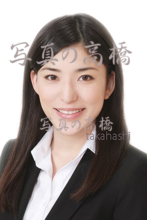 就活で印象をよくする女性の髪型 ロングで前髪爽やか